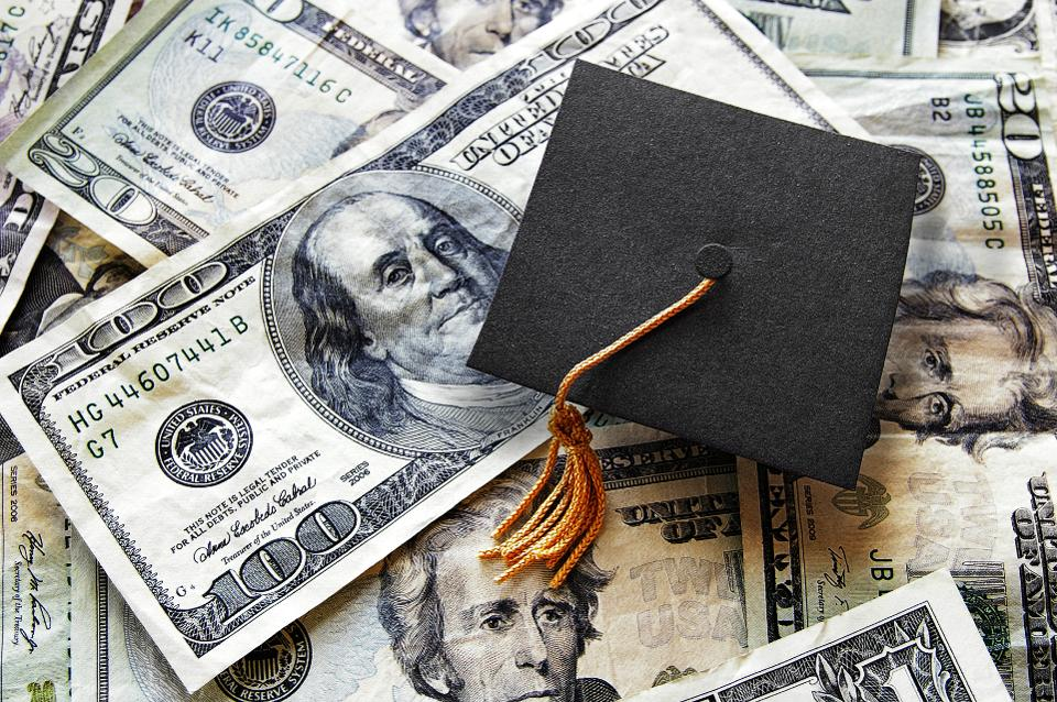 10 ways on how to pay off student loans fast