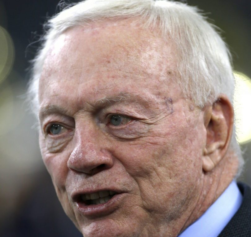 Jerry Jones Biography & Net Worth